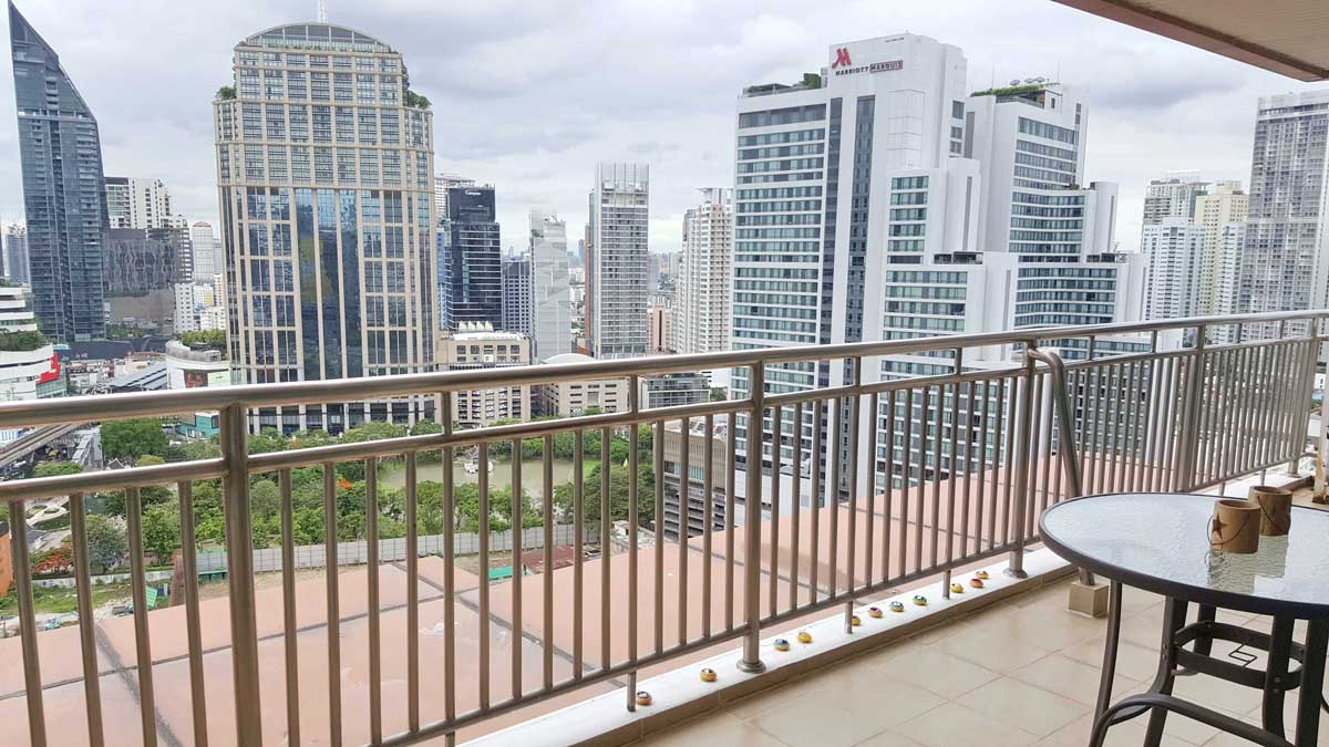 Living_Balcony_Viewpoint-GM-Height